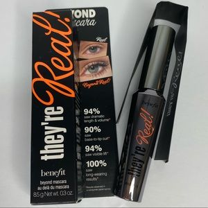 NEW BENEFIT THEY'RE REAL MASCARA NEW IN BOX BLACK